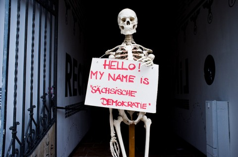 "Hello! My name is ""Sächsische Demokratie"" (Quelle: flickr.com/photos/haskala/6033259273)"