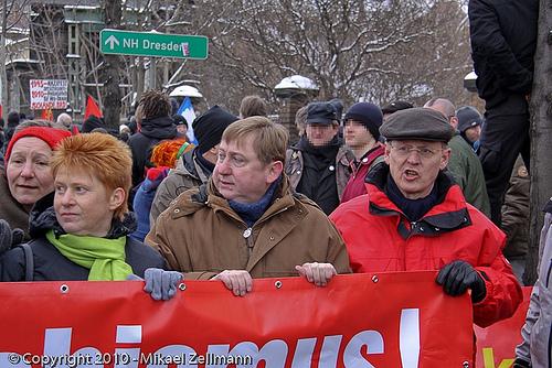 Blockade mit Politprominenz im Februar 2010