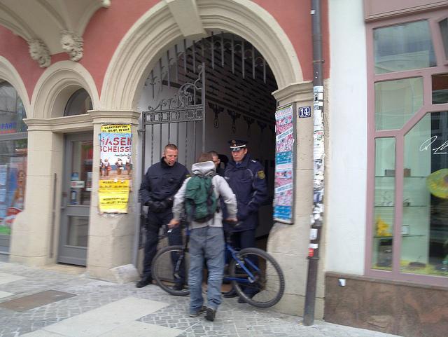 Schießen oft über das Ziel hinaus: Die sächsische Polizei