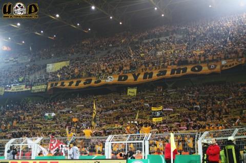 Mehr als 10.000 Dynamo-Fans waren beim Pokalspiel in Dortmund dabei (Quelle: Ultras Dynamo)
