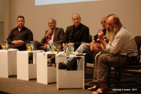 """Podiumsdiskussion: """"Der Staat und die Zivilgesellschaft"""""""