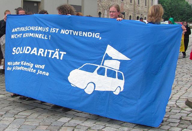 Solidaritätstransparent für Lothar König (Quelle: flickr.com/photos/haskala/)