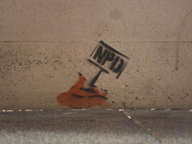 Auch strafbar: Graffiti gegen die NPD (Quelle: StreetArt in Deutschland)