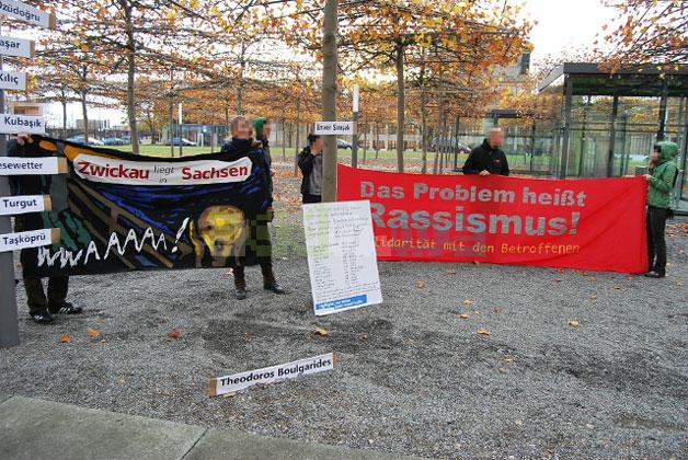 Das Problem heißt Rassismus - Protestkundgebung vor dem Landtag
