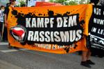 Kampf dem Rassismus (Quelle: flickr.com/photos/strassenstriche/)