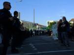 17. Juni 2013: Protest vor einer Polizeikette am Postplatz