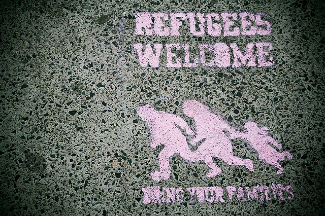 Refugees Welcome (Quelle: flickr.com/photos/ladymixy-uk/)