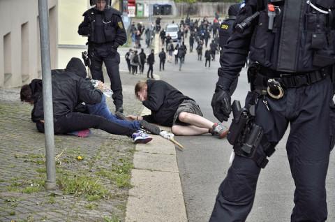 Mehrere Polizeiübergriffe überschatteten Proteste (Quelle: flickr.com/photos/110931166@N08/)