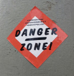 Danger Zone! #dankepolizei (Quelle: flickr.com/photos/txmx-2/)