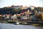 Erstrahlt seit letzten Sonntag in den deutschen Landesfarben: Stadtschloss von Pirna (Quelle: flickr.com/photos/enbodenumer/)
