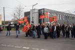 PEGIDA-Anhängerinnen und Anhänger bei ihrer Anreise (Quelle: flickr.com/photos/mf-art/)