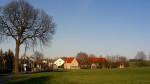 Etwas scheint die idyllische Ruhe in Großröhrsdorf zu stören (Quelle: flickr.com/photos/martinroell/)