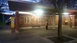 Klare Botschaft am Carolaplatz (Quelle: twitter.com/streetcoverage/)