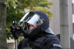 Fußballfans im Fokus der Polizei (Quelle: flickr.com/photos/airsoenxen/)
