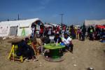 Zelt der Teeküche in Idomeni (Quelle: twitter.com/DDBalkanKonvoi)