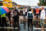 PEGIDA steht im Regen (Quelle: news-photo.de)