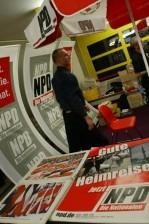 "Die NPD wünscht ""gute Heimreise""... (Foto: Marek Peters)"